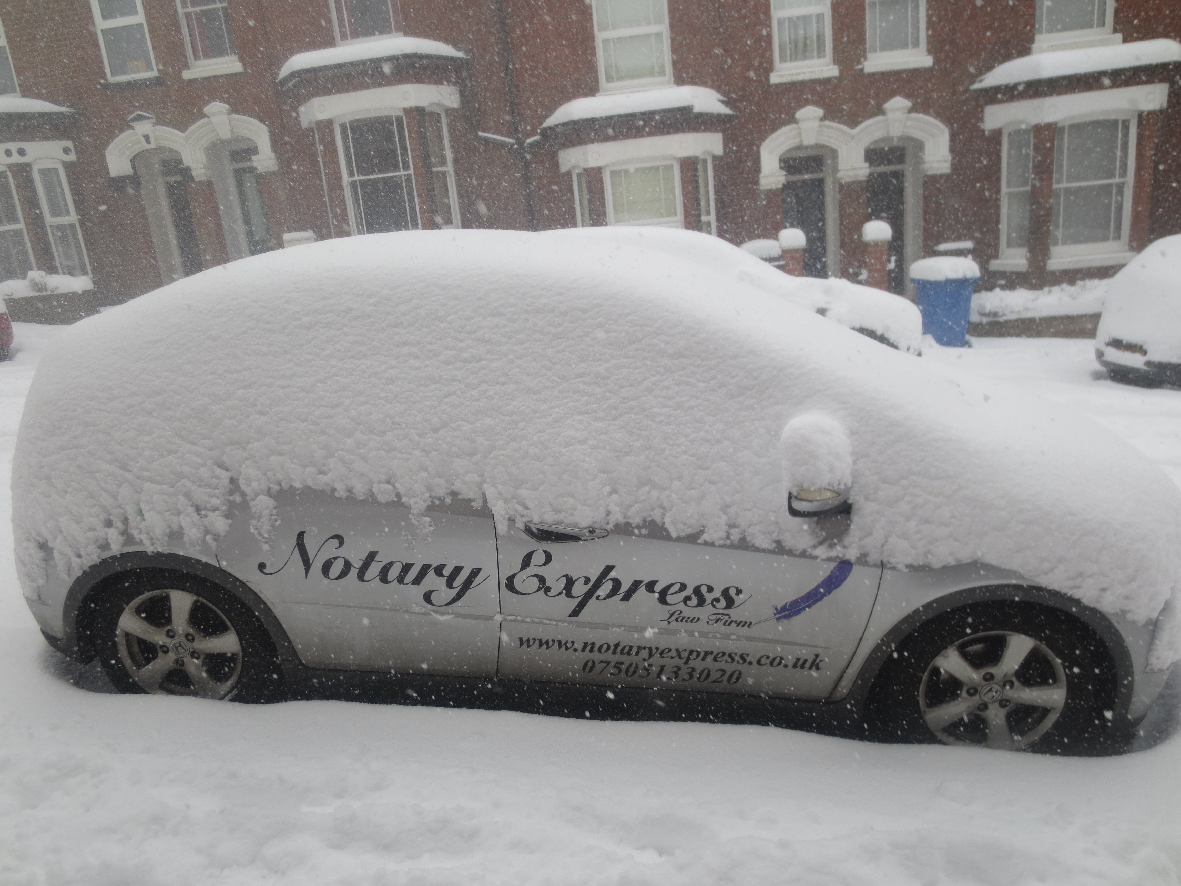 Notary Express car in snow