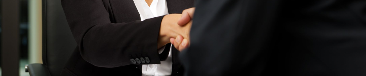 notary public shaking hands with a client